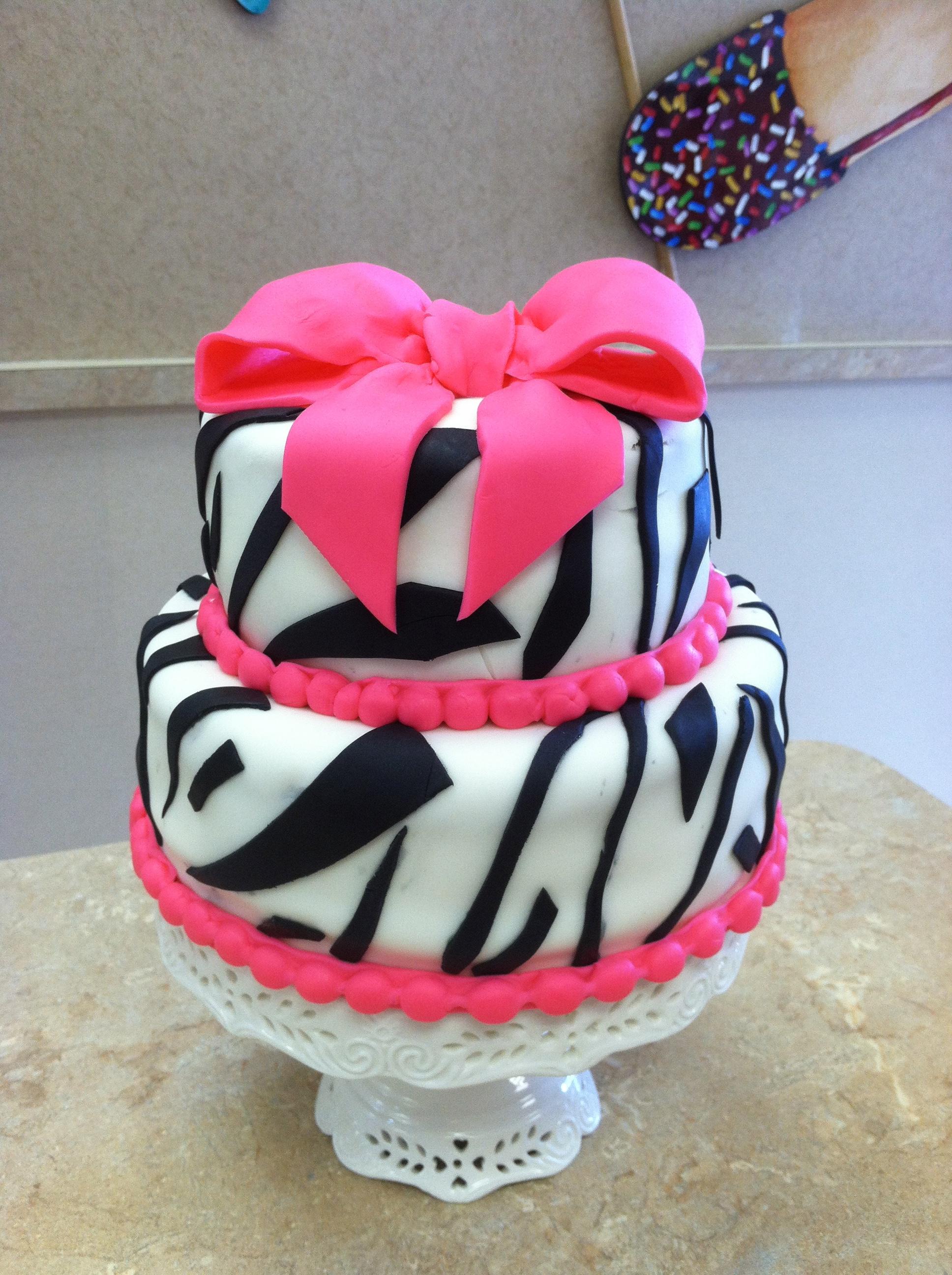 Zebra Print Fondant Cake