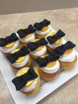 Black & Gold Cupcakes
