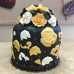 Black and Gold Flowers Cake