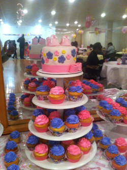Pink And Violet Cake Table