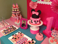 Minnie Mouse Cake and Candy Table