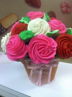 LiVay Sweet Shop Cupcake Bouquet