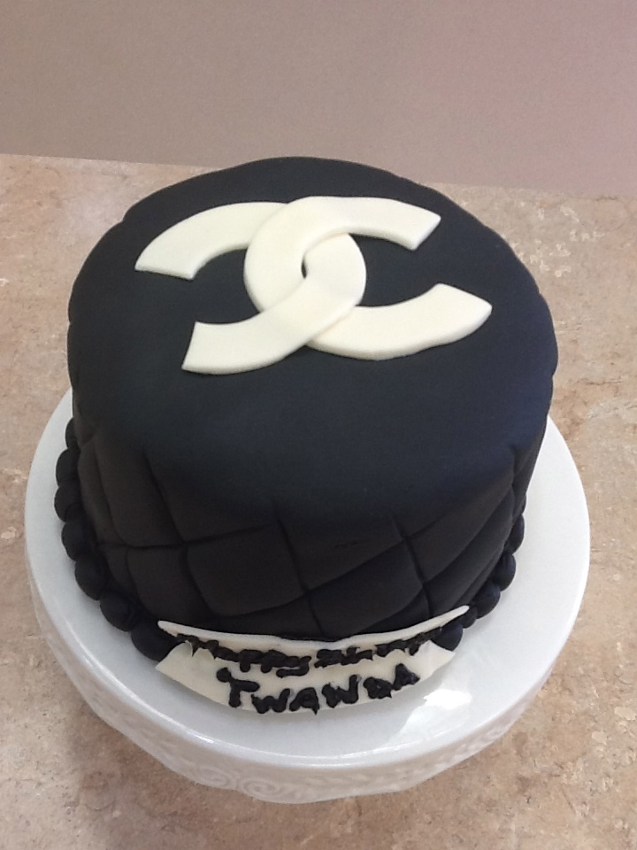 Chanel Fondant Cake