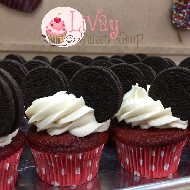 Oreo Cookie Mickey Mouse Cupcake