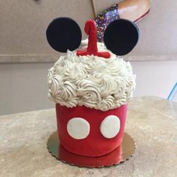 Mickey Ears King Size Cupcake