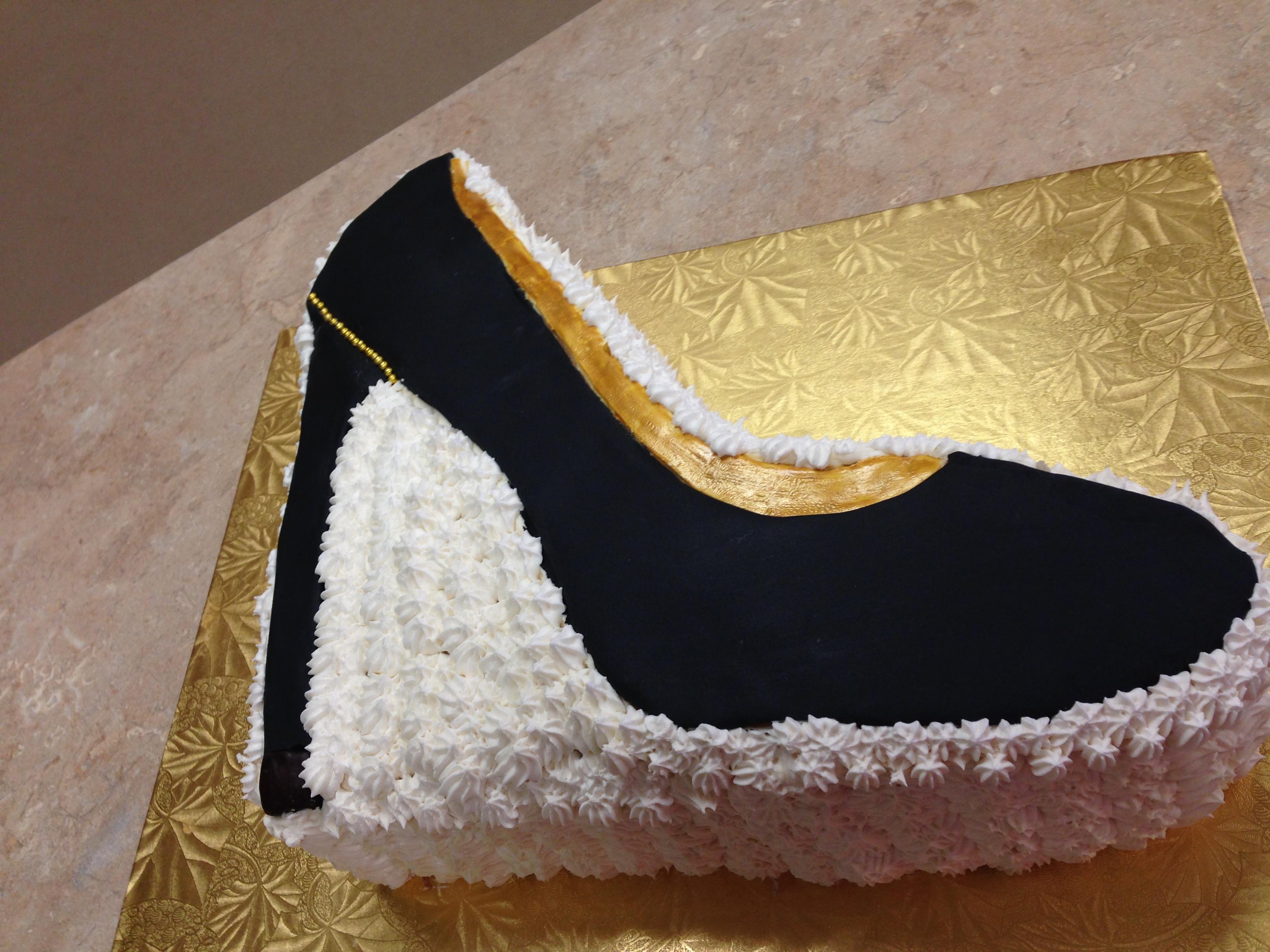 Diva Heel Cake