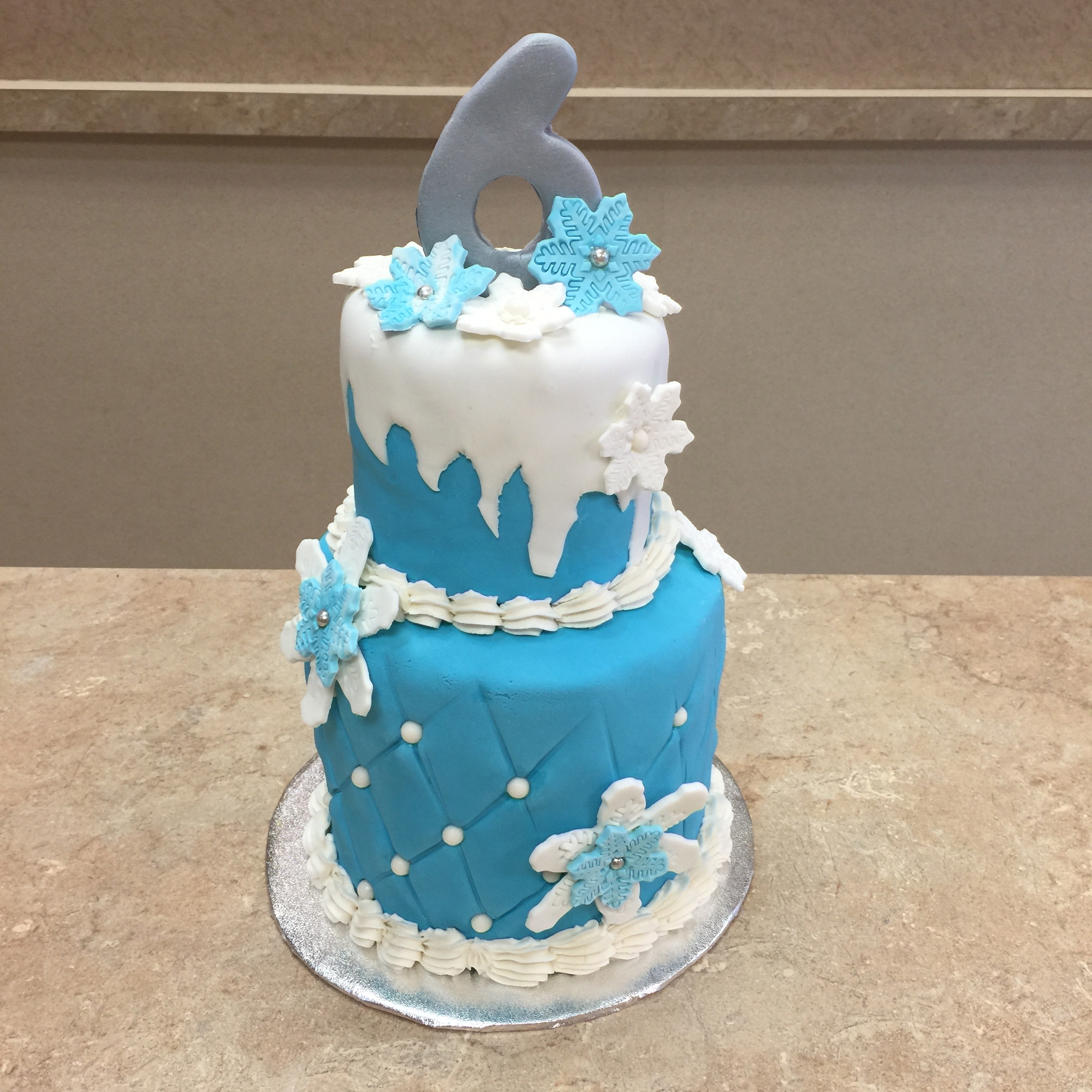 Winter Wonderland Theme Cake