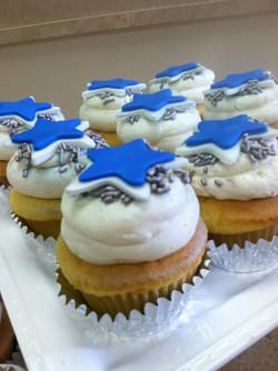 Dallas Cowboys Cupcakes