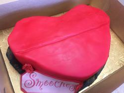 Red Lips Fondant Cake