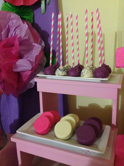 Purple Cake Pops