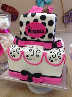 Babys Girl Cake