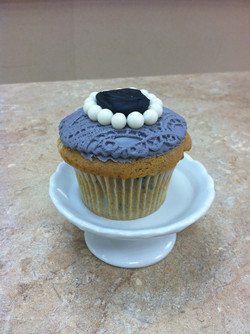Grey Cupcakes With Pearls