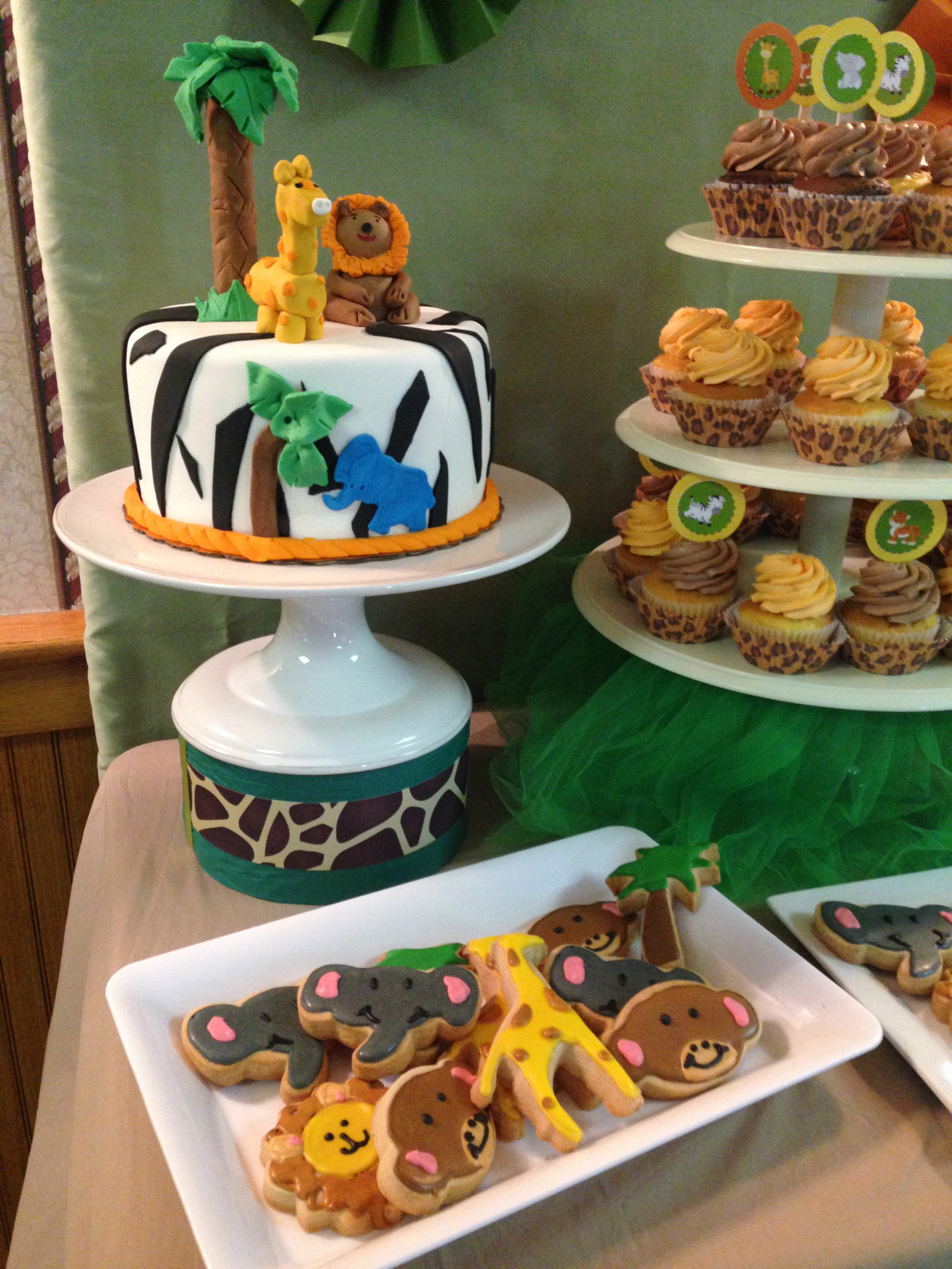 Animal Dessert Table