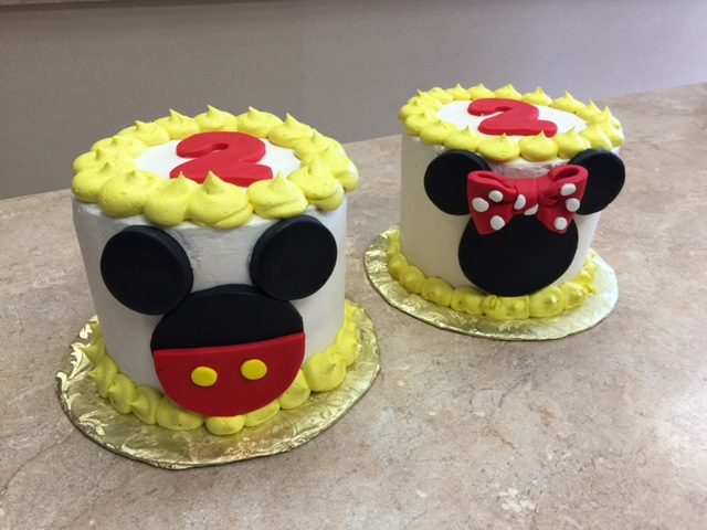 Mickey & Minnie Cakes