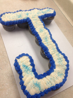 Letter J Cupcake Cake