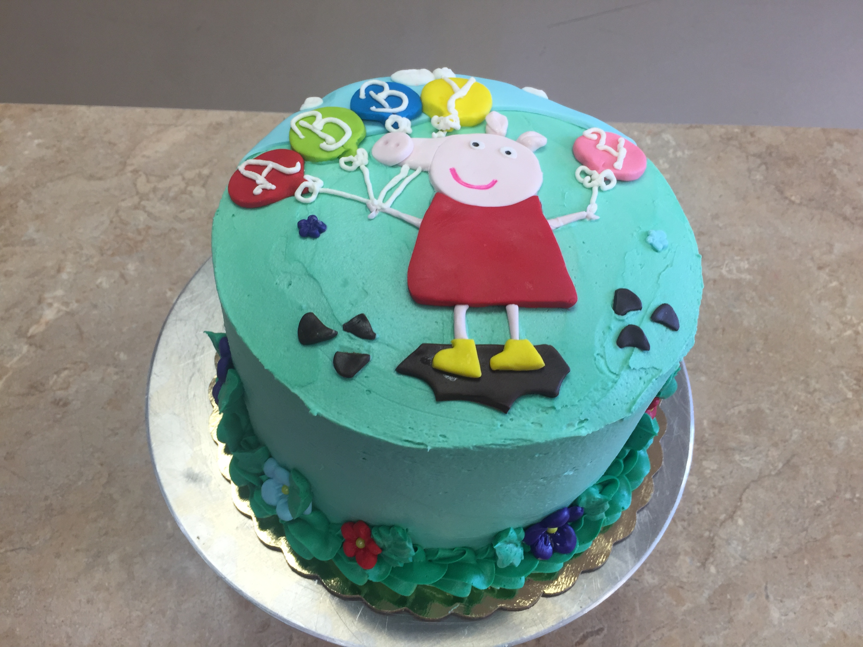 Ms. Pigggy Buttercream Cake