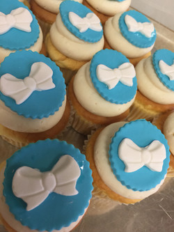 Bows With A Tie Cupcakes
