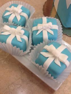 Tiffany Box Little Cakes