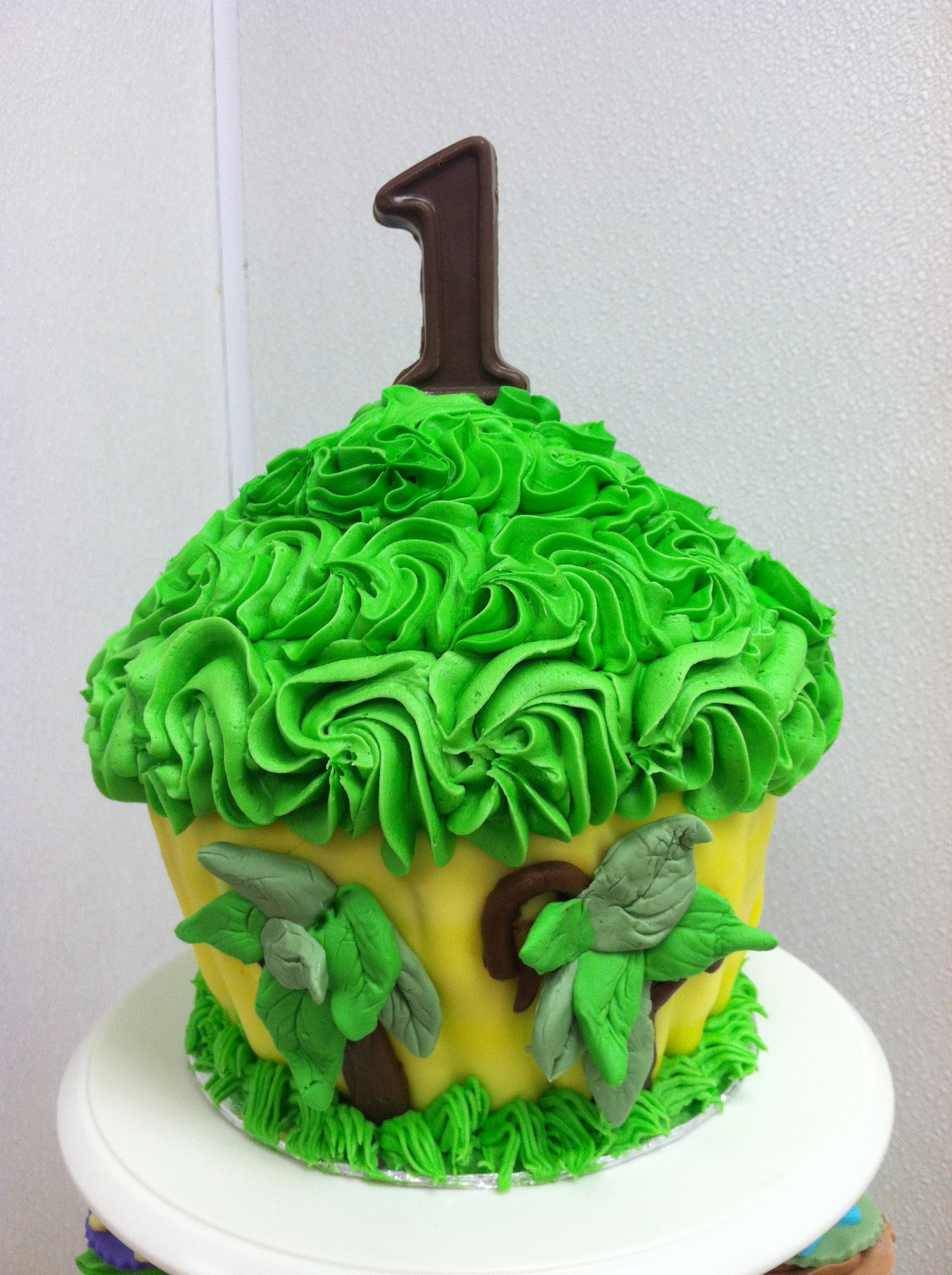 Green & Yellow King Size Cupcake