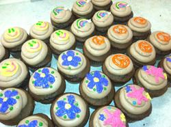 Love and Peace Cupcake