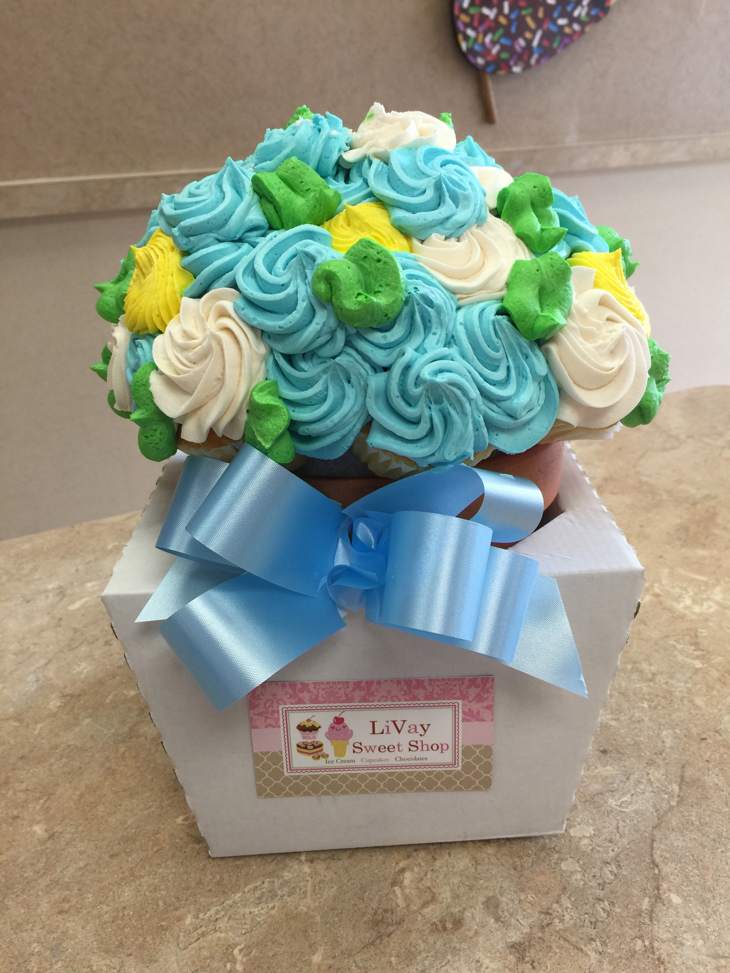 Blue Yellow & White Cupcake Bouquet