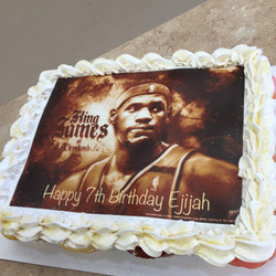 Lebron James Cupcakes Cake