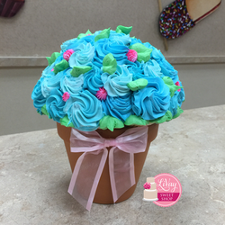 Blue Roses Cupcake Bouquet