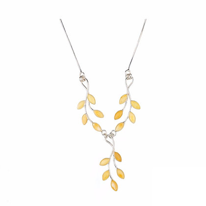DESINGER BUNCH STYLE CREAM AMBER NECKLACE