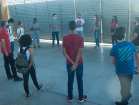 Acolhimento dos adolescentes bolsistas do projeto diagnóstico