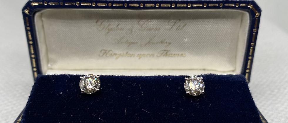 1.58 carat diamond stud earrings