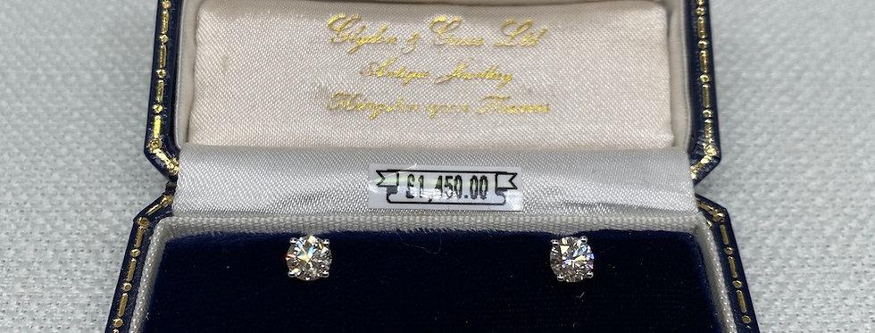 1.07 Carat Diamond Stud Earrings