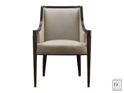 SIGNATURE DINING ARM CHAIR