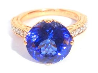 Anh's tanzanite ring