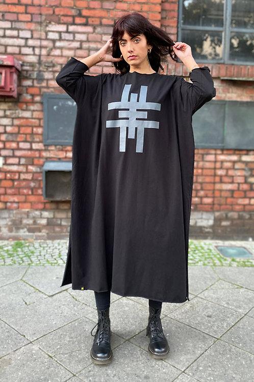 Dress oversize XLong EME Clothing in Berlin