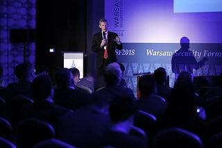 Wystąpienie prelegenta na konferencji Warsaw Security Forum