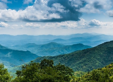 Best Summer Hikes in Asheville—A Local's Perspective