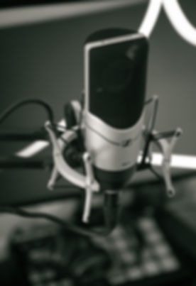 audio-black-and-white-close-up-condenser