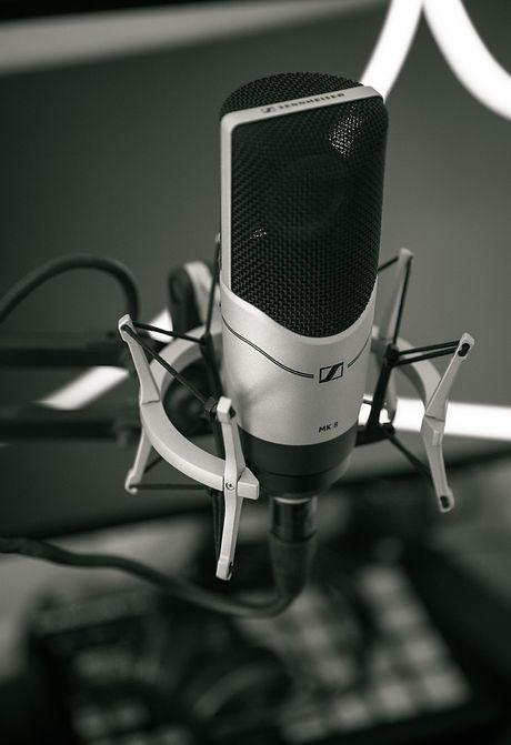 audio-black-and-white-close-up-condenser