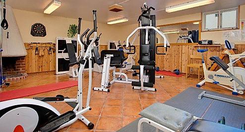 Idrottsgården_gym_edited.jpg