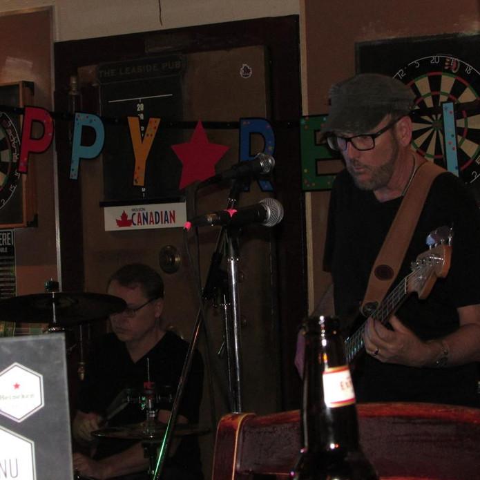 Leaside Pub Steve and Taras.jpg