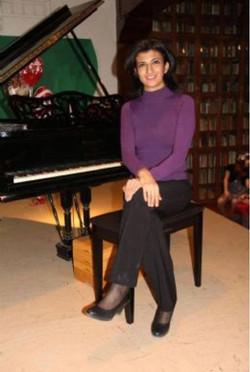 Prof. Ana Elena Buitrón
