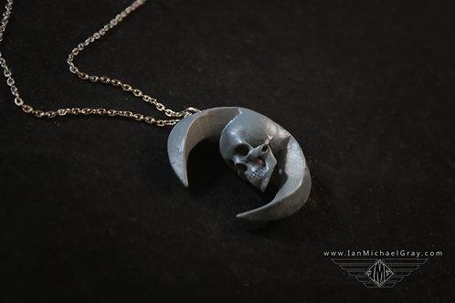 Luna Necklace w/ Chain