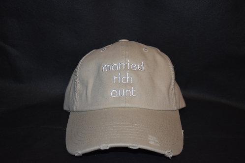the married rich aunt hat - khaki
