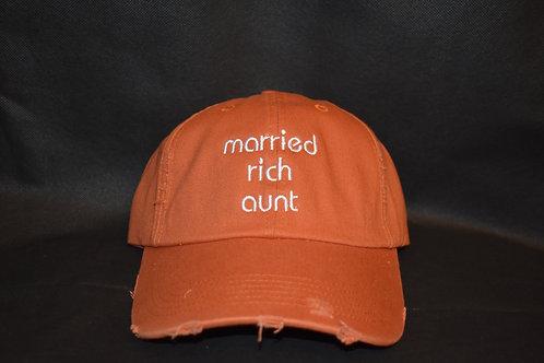 the married rich aunt - orange