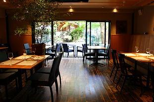 鎌倉 小町通りから一本入った閑静な場所でひっそりと。