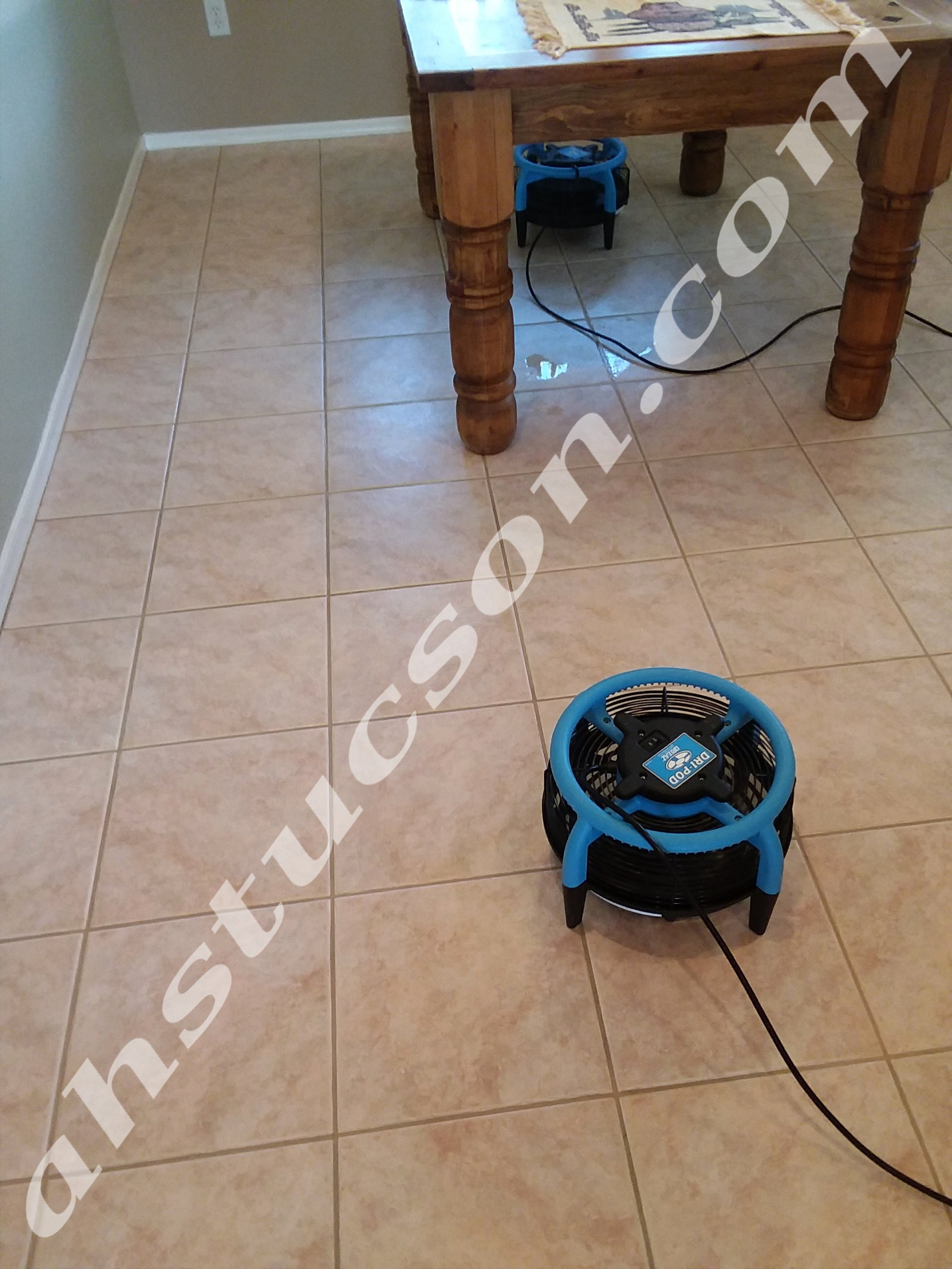 Tile-and-grout-cleaning-20180315_123712.
