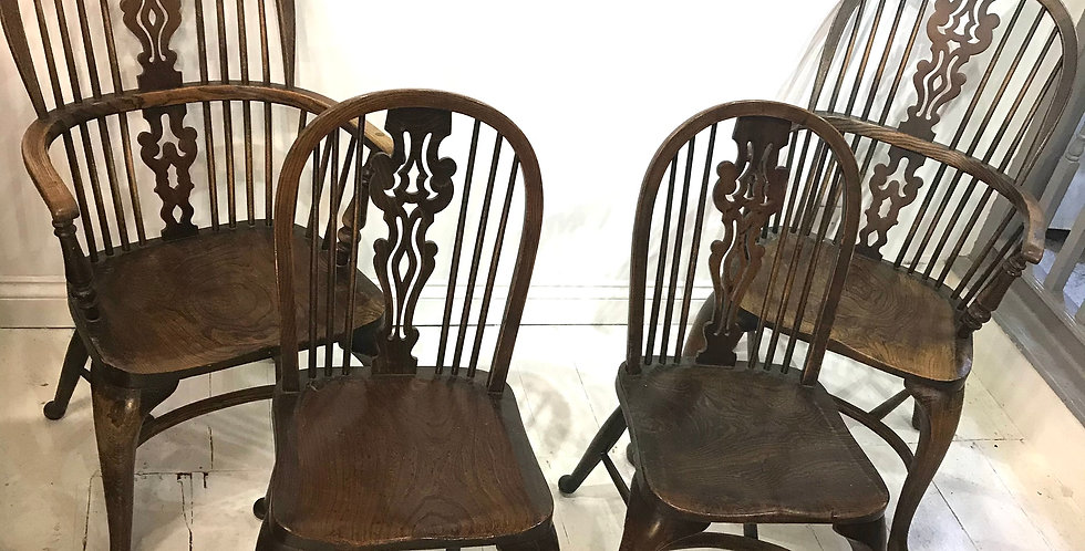 Set of 4 Ash and Elm Windsor Chairs
