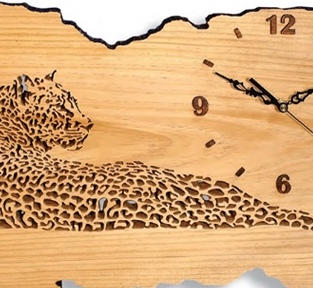 Leopard clock