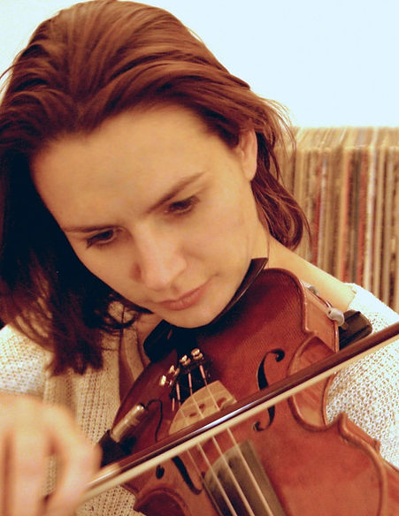 Jenna Colombet violinist