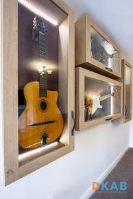 Mr Roberts Guitar Cabinets